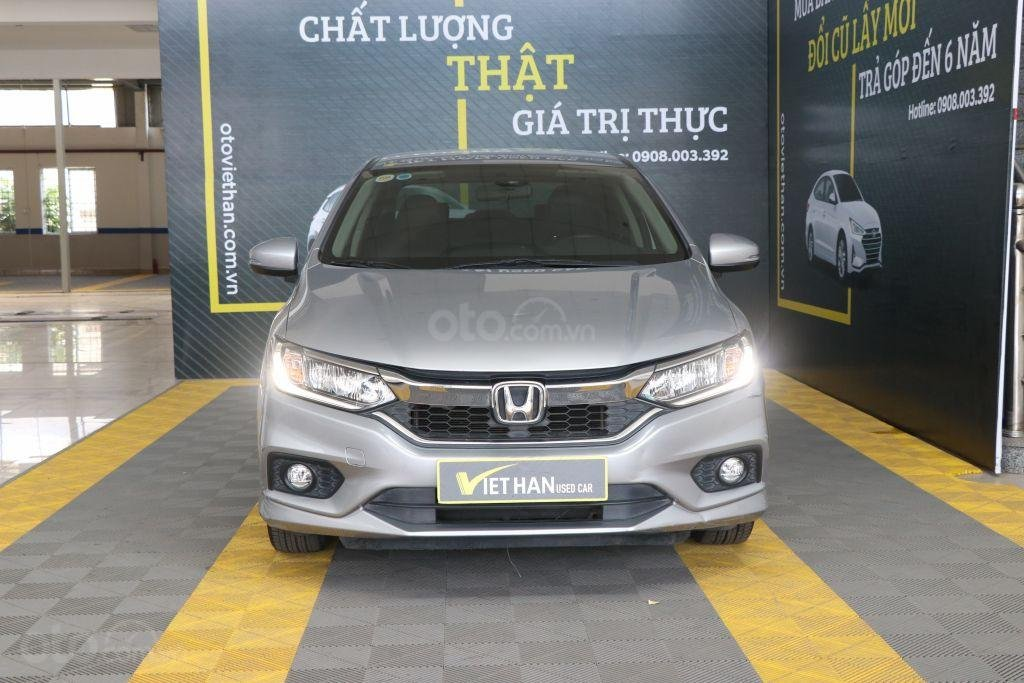 Bán ô tô Honda City top 1.5AT sản xuất năm 2018, màu bạc (2)