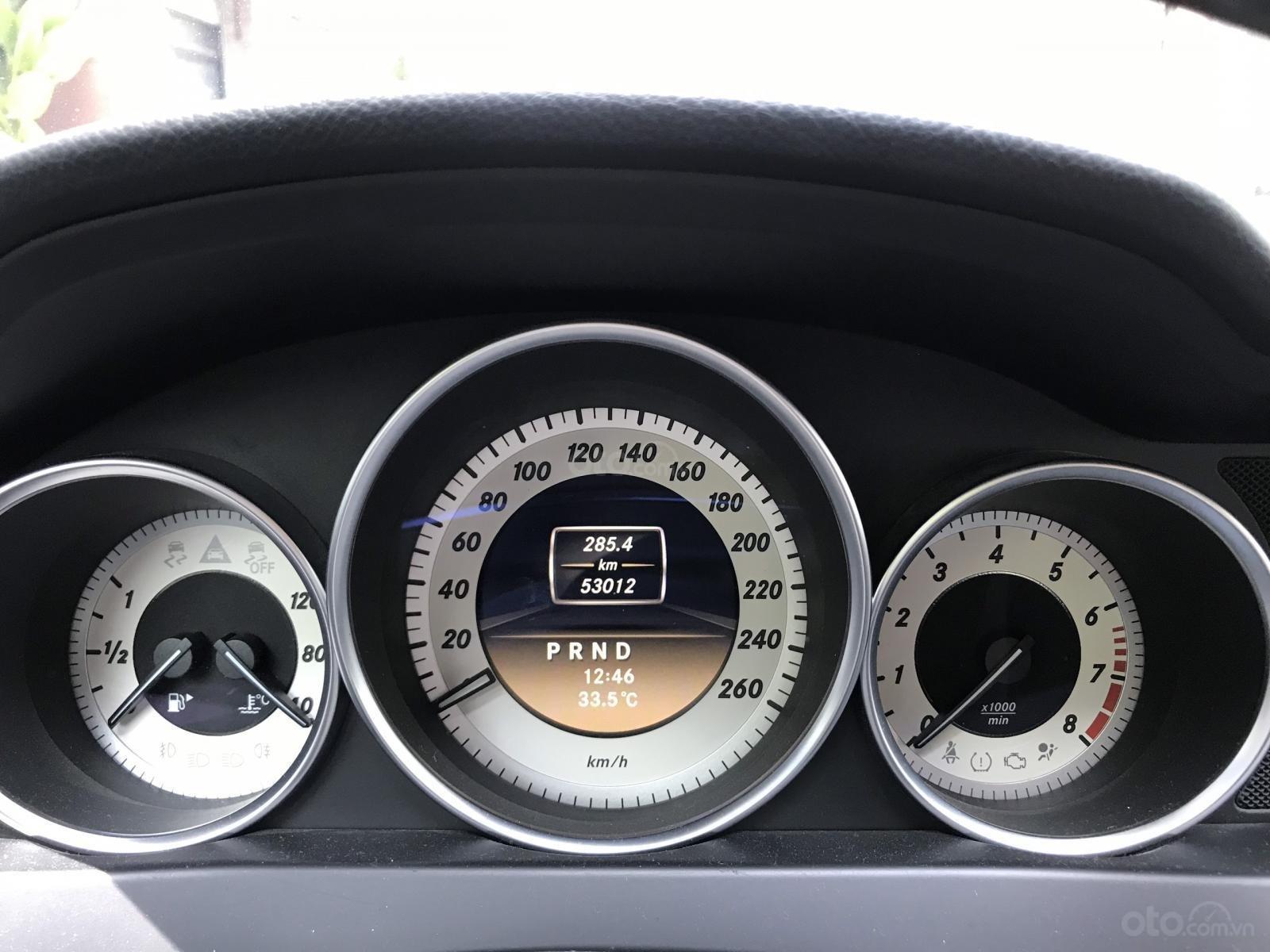 Bán Mercedes C250 sản xuất 2012, màu xám, đi 52000km, xe chính chủ-7