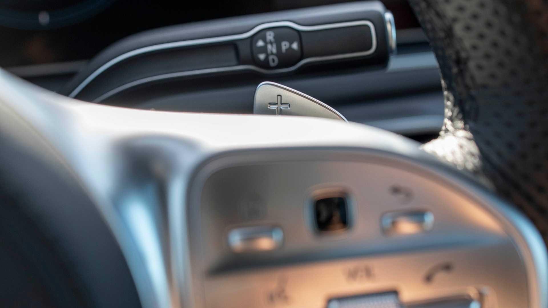 Vô-lăng Mercedes-Benz GLS-Class 2020.