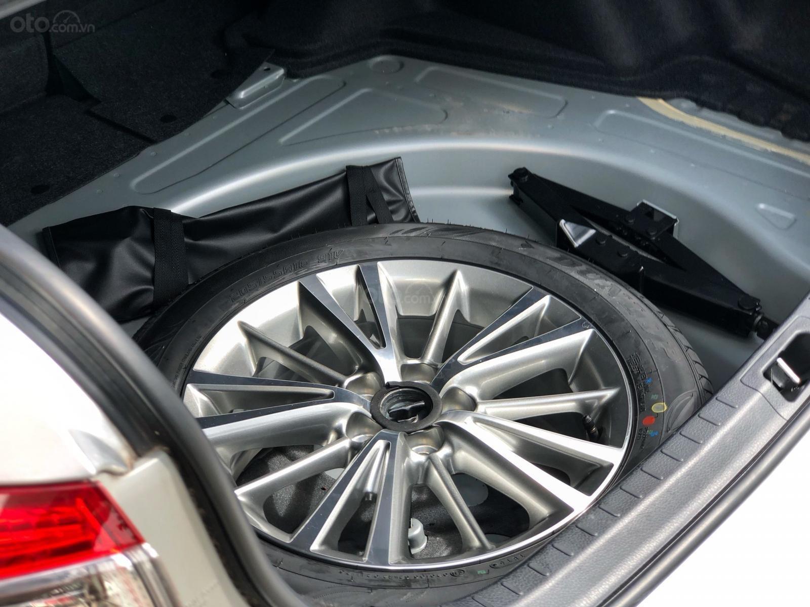 Bán Altis 1.8G chạy hết roda, xe mới cứng 99%. LH ngay: 0911-128-999 (10)