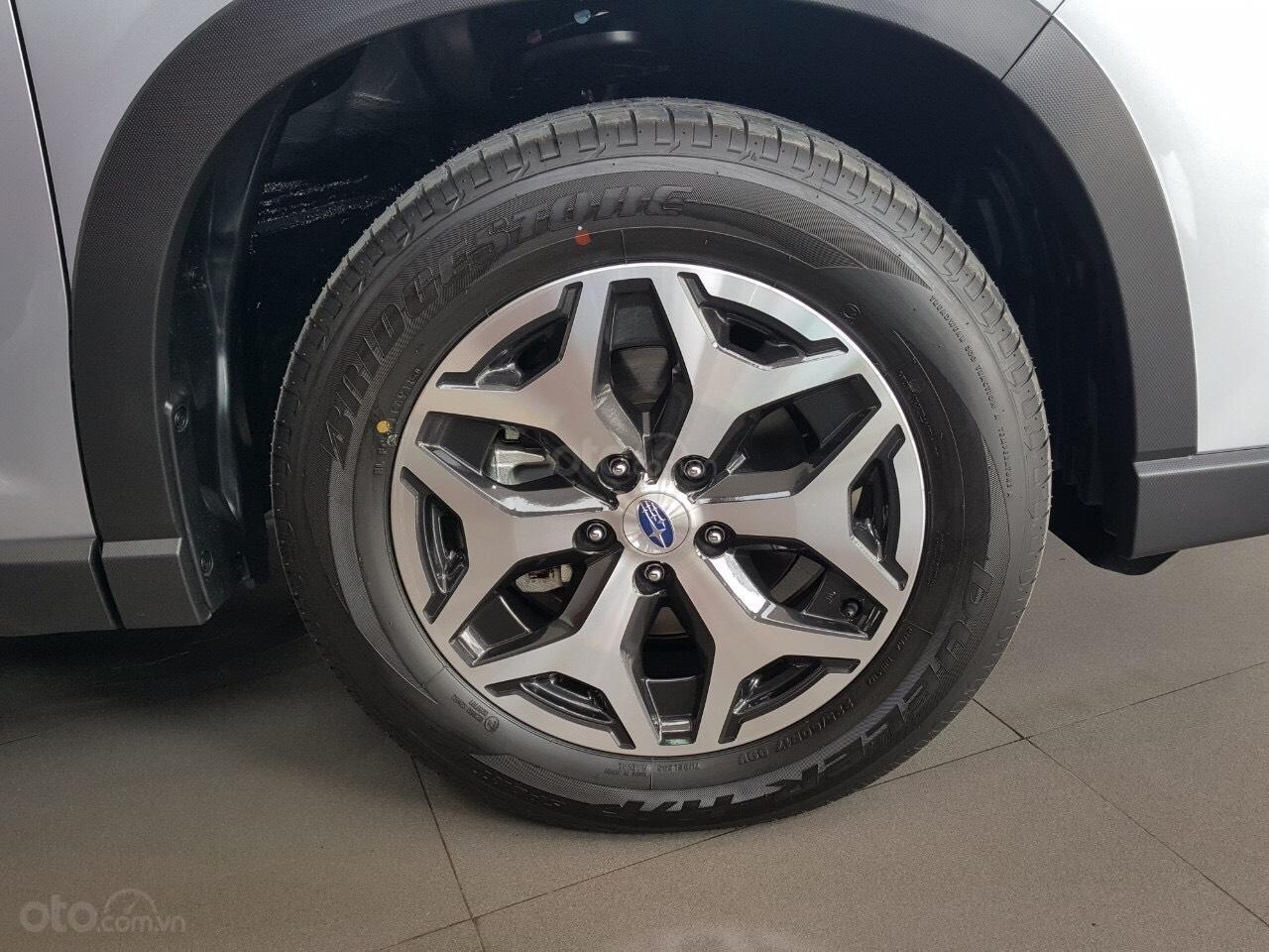Bán Subaru Forester 2.0 IL, giảm TM trên 100tr, gọi 093.22222.30 Ms Loan (8)