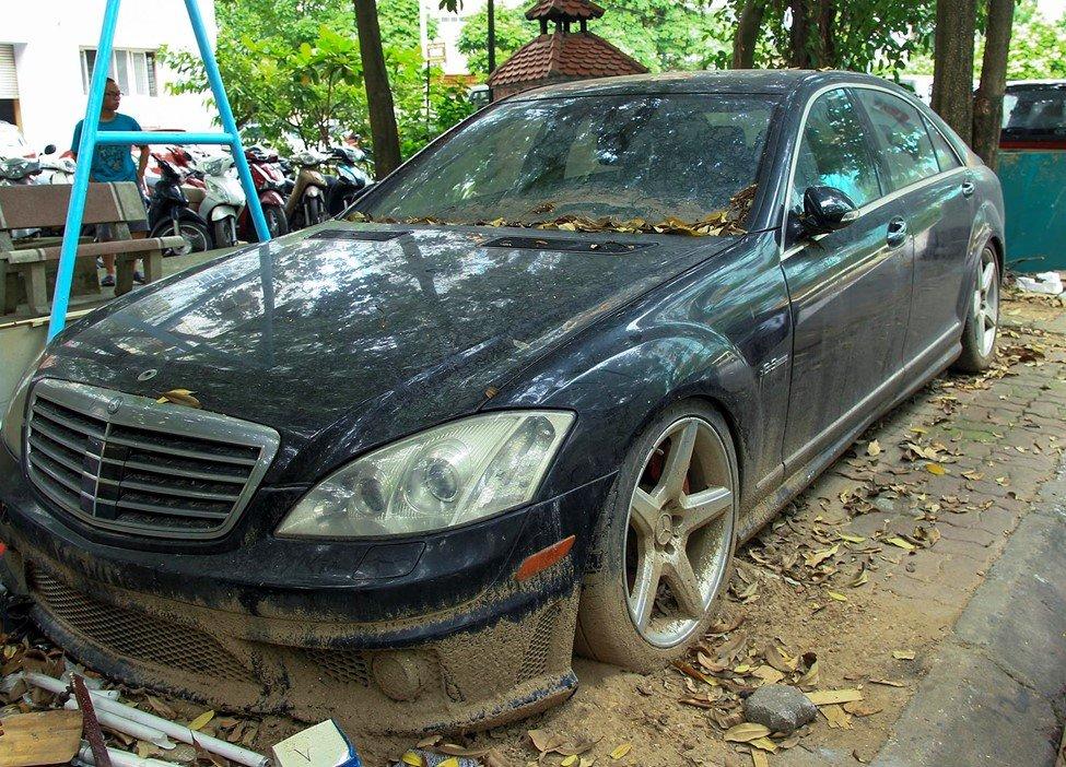 Số phận của chiếc Mercedes-Benz S63 AMG 2011 bị bỏ hoang tại Hà Nội a1