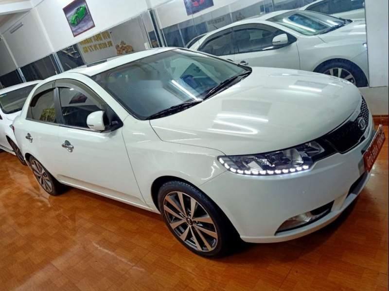 Cần bán gấp Kia Forte S năm 2013, màu trắng (1)