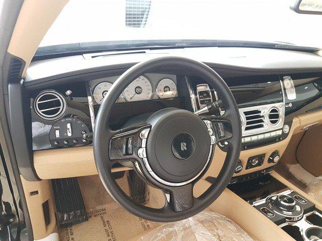 Rolls-Royce Ghost Series II cũ giá 20 tỷ đồng sau 4 năm sử dụng a8