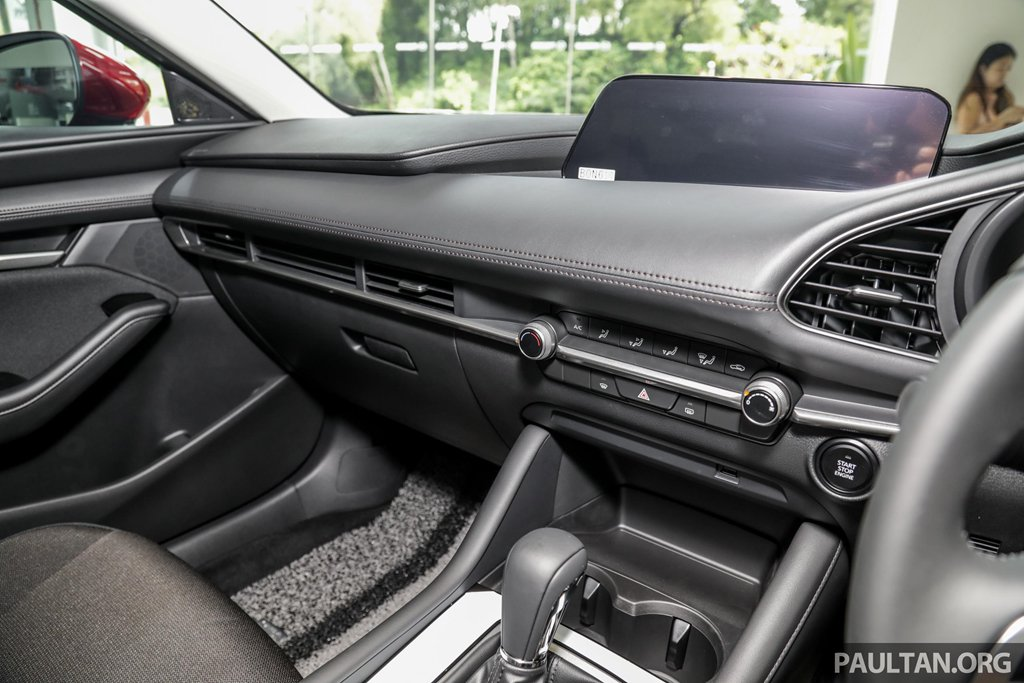 Soi chi tiết mẫu Mazda 3 2019 nhập khẩu từ Nhật, giá 34.000 USD tại Malaysia a3