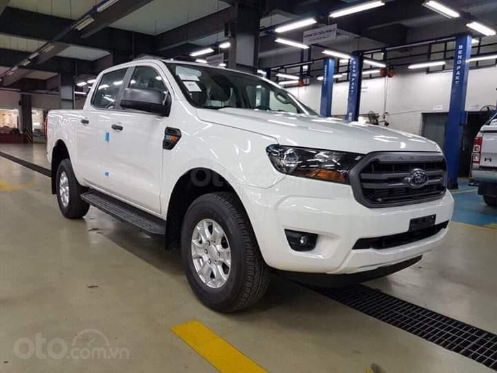 Cần bán Ford Ranger 2.2 XLS AT đời 2019, nhập khẩu nguyên chiếc, giá 645tr, tặng phụ kiện, LH 0974286009-1