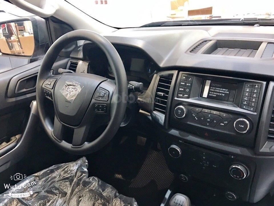 Cần bán Ford Ranger 2.2 XLS AT đời 2019, nhập khẩu nguyên chiếc, giá 645tr, tặng phụ kiện, LH 0974286009-4