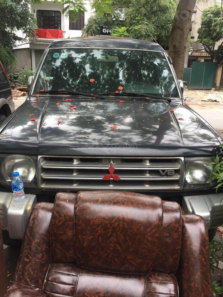 Cần bán xe Mitsubishi Pajero năm 2006 nguyên bản-0