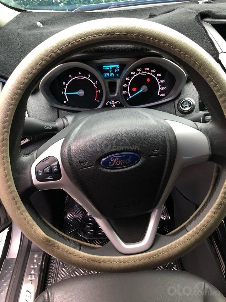 Chính chủ bán Ford EcoSport Titanium 2017, màu xám (ghi), mới chạy 9000km-16