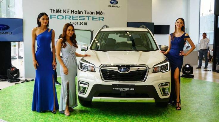 Subaru Forester 2019 ra mắt ngay tại sự kiện khai trương showroom mới của hãng 1a