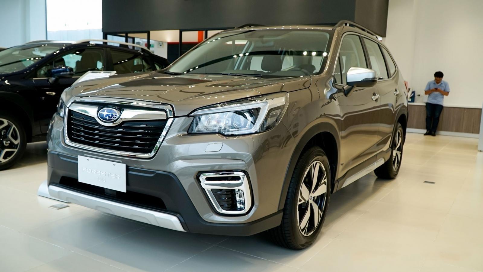 Subaru Forester 2019 ra mắt ngay tại sự kiện khai trương showroom mới của hãng 5a