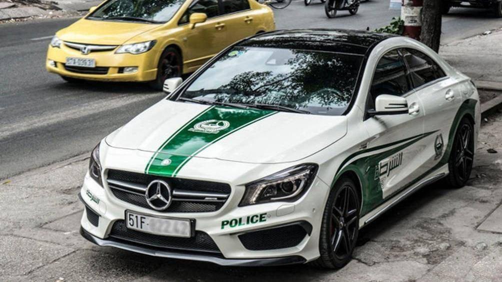 Cục đăng kiểm Việt Nam ra văn bản xử lý xe ô tô dán logo cảnh sát Dubai 1a