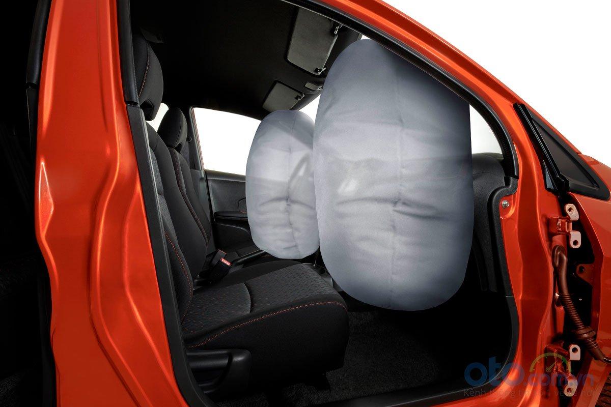 Honda Brio 2019 được trang bị hai túi khí, đảm bảo an toàn cho người ngồi phía trước nếu xảy ra va chạm a3
