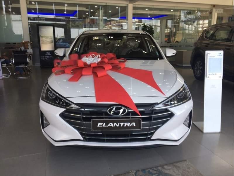 Cần bán Hyundai Elantra 1.6MT năm sản xuất 2019 giá cạnh tranh (1)