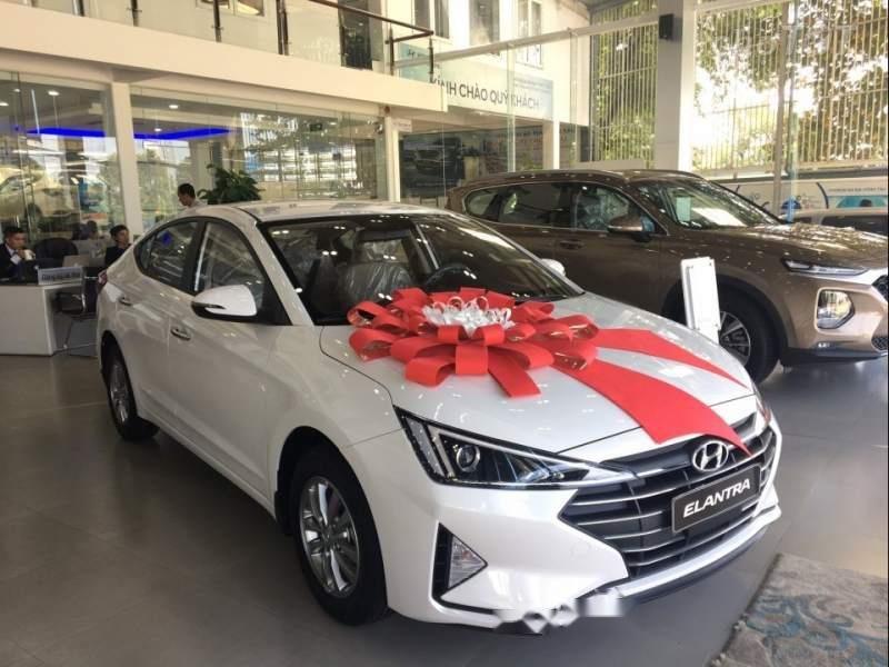 Cần bán Hyundai Elantra 1.6MT năm sản xuất 2019 giá cạnh tranh (3)