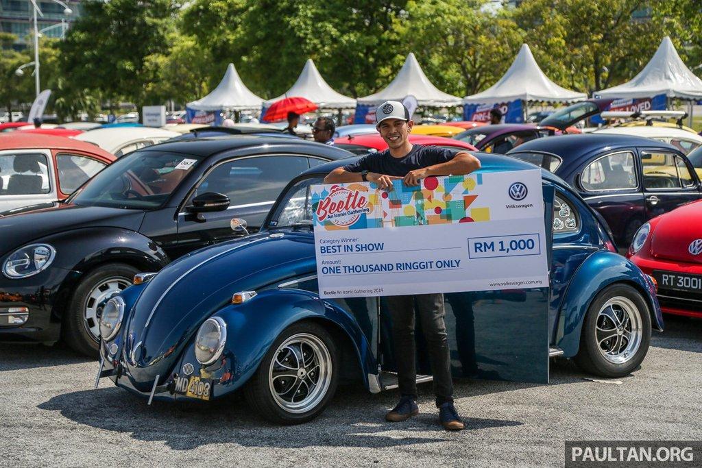 """Hơn 400 """"con bọ"""" tụ họp tại lễ hội Volkswagen Beetle 7sa"""