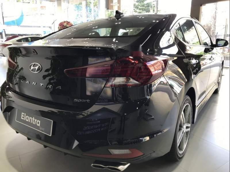 Cần bán xe Hyundai Elantra đời 2019, nhập khẩu nguyên chiếc (3)