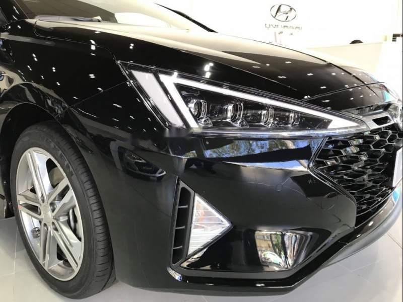 Cần bán xe Hyundai Elantra đời 2019, nhập khẩu nguyên chiếc (4)