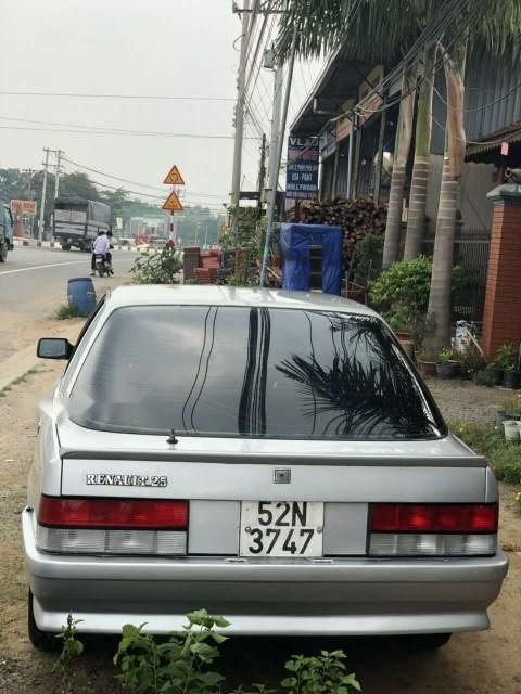 Bán xe Renault 25 sản xuất năm 1989, màu bạc, xe nhập (6)