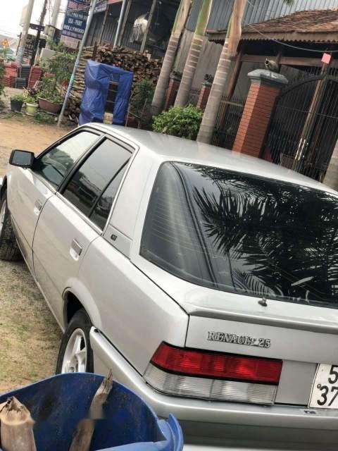 Bán xe Renault 25 sản xuất năm 1989, màu bạc, xe nhập (1)