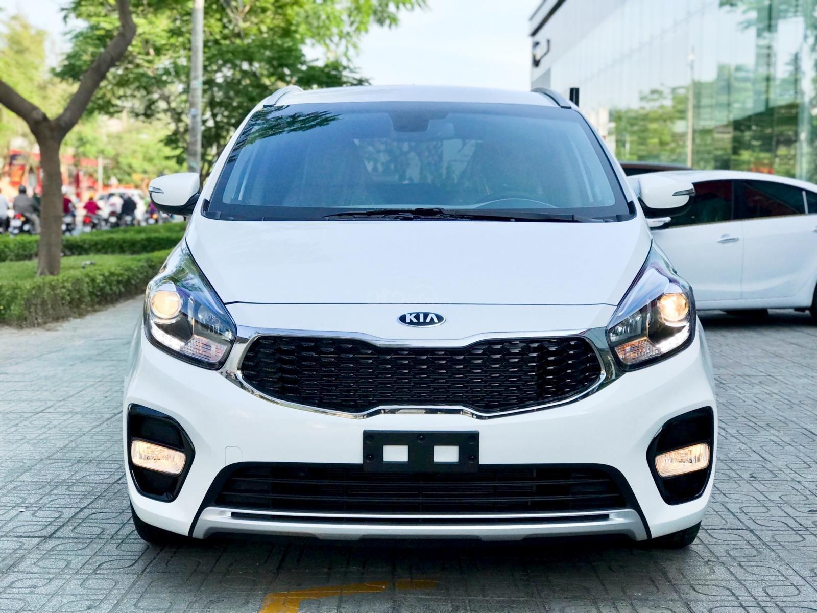 Kia Rondo 2019, Giảm giá + Tặng gói phụ kiện + đưa trước 200 triệu có xe. LH 0933920564 (1)