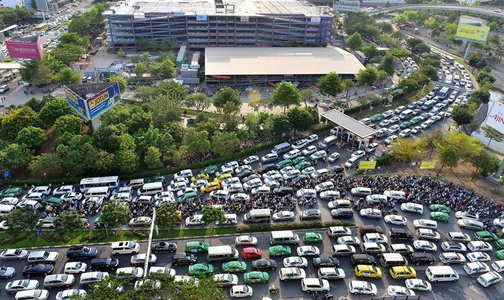 Các loại xe du lịch hiện nay bao gồm xe 4-5 chỗ, xe 7 chỗ, xe 16 chỗ, xe 29-30 chỗ....
