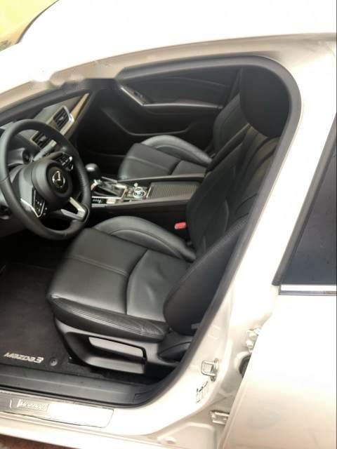 Bán xe Mazda 3 FL năm 2017, màu trắng  (5)
