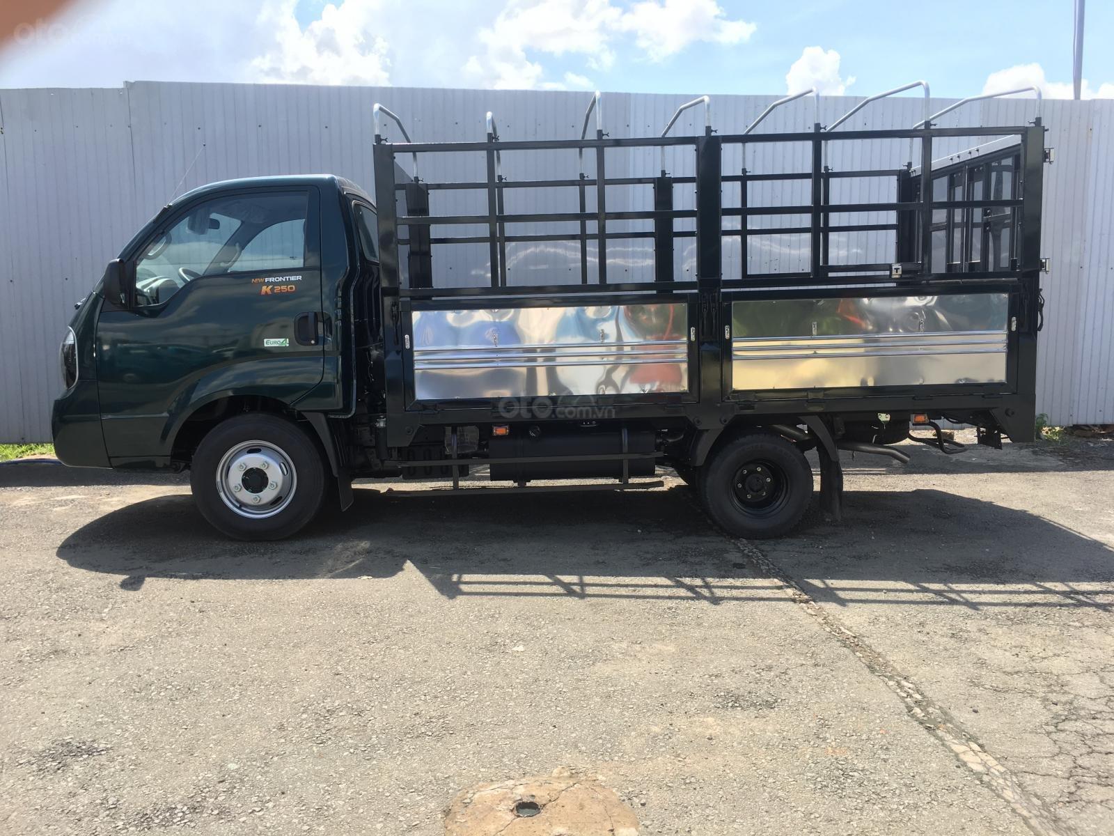 Bán xe tải K250 động cơ Hyundai đời 2019, có hỗ trợ trả góp. LH: 0944.813.912 (3)