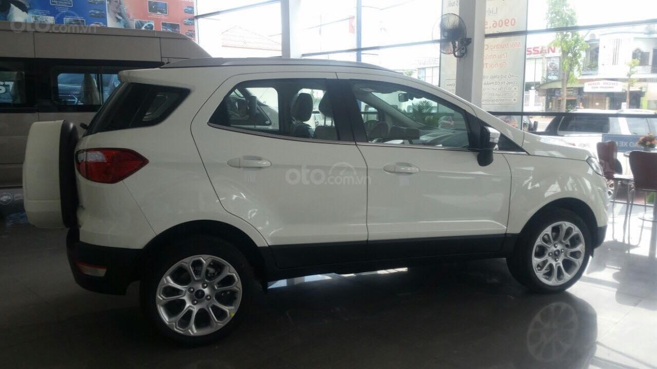 Cần bán Ford EcoSport năm sản xuất 2019, màu trắng tại Phú Yên-1