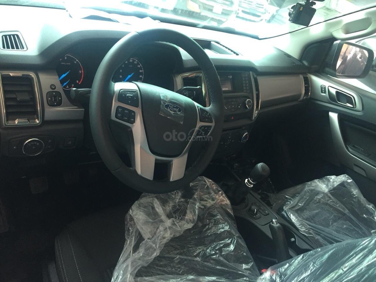Ford Ranger Wiltrak, XLT, XLS AT, MT mới 100% đủ màu, giao ngay, tặng phụ kiện, hỗ trợ trả góp 90% - LH: 0974.21.9999 (5)