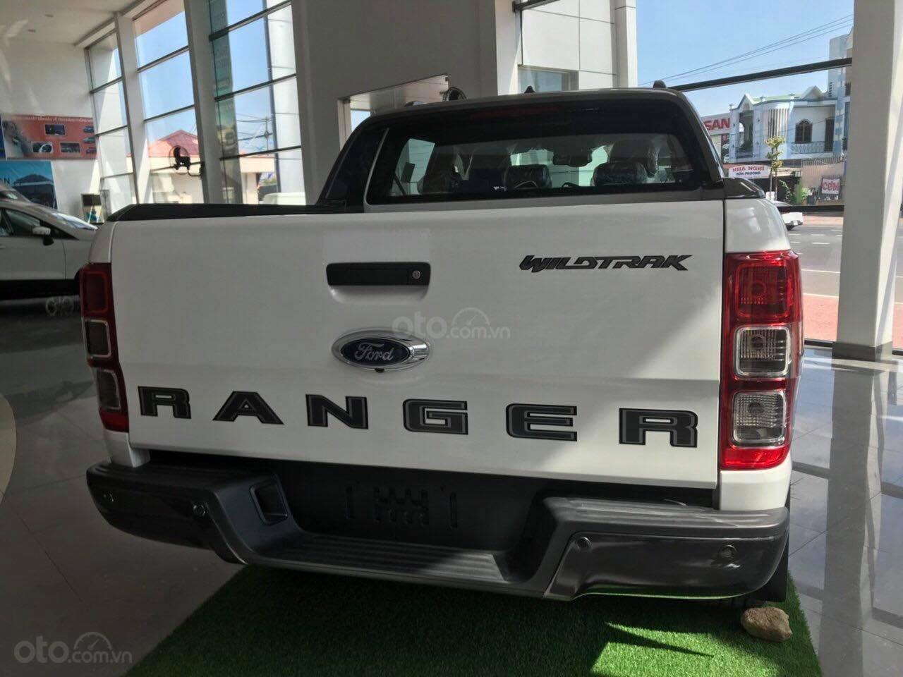 Bán Ford Ranger Wildtrack sản xuất năm 2019, màu trắng (3)