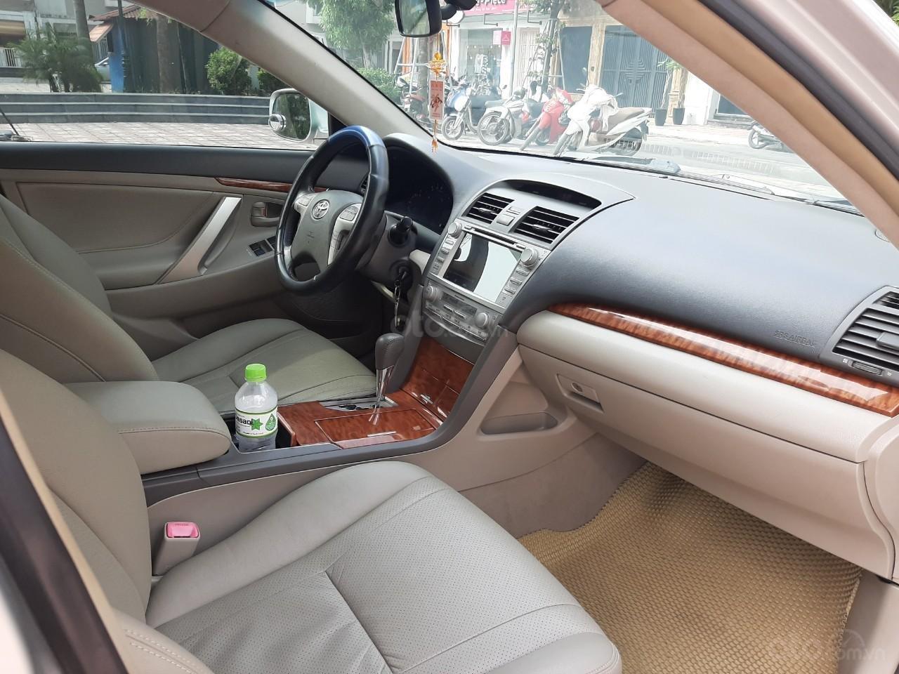 Cần bán xe Toyota Camry 2.4G 2009, màu bạc, 545tr-8