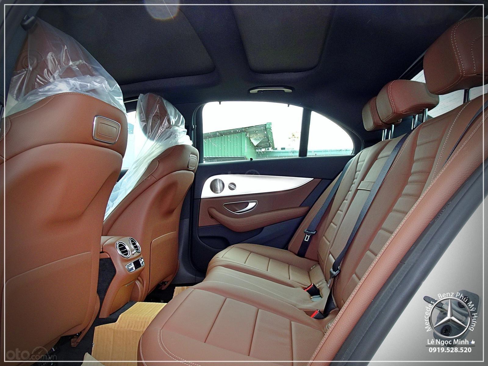 Bán xe Mercedes-Benz E200 Sport 2019, xe giao ngay, hỗ trợ bank 80% - ưu đãi tốt, LH: 0919 528 520 (9)