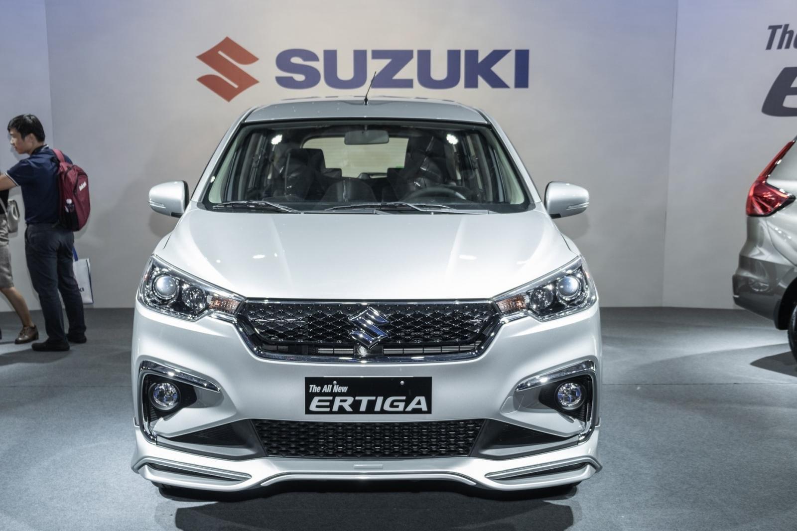 Cuối năm mới được giao xe, khách mua Suzuki Ertiga 2019 chờ dài cổ a1