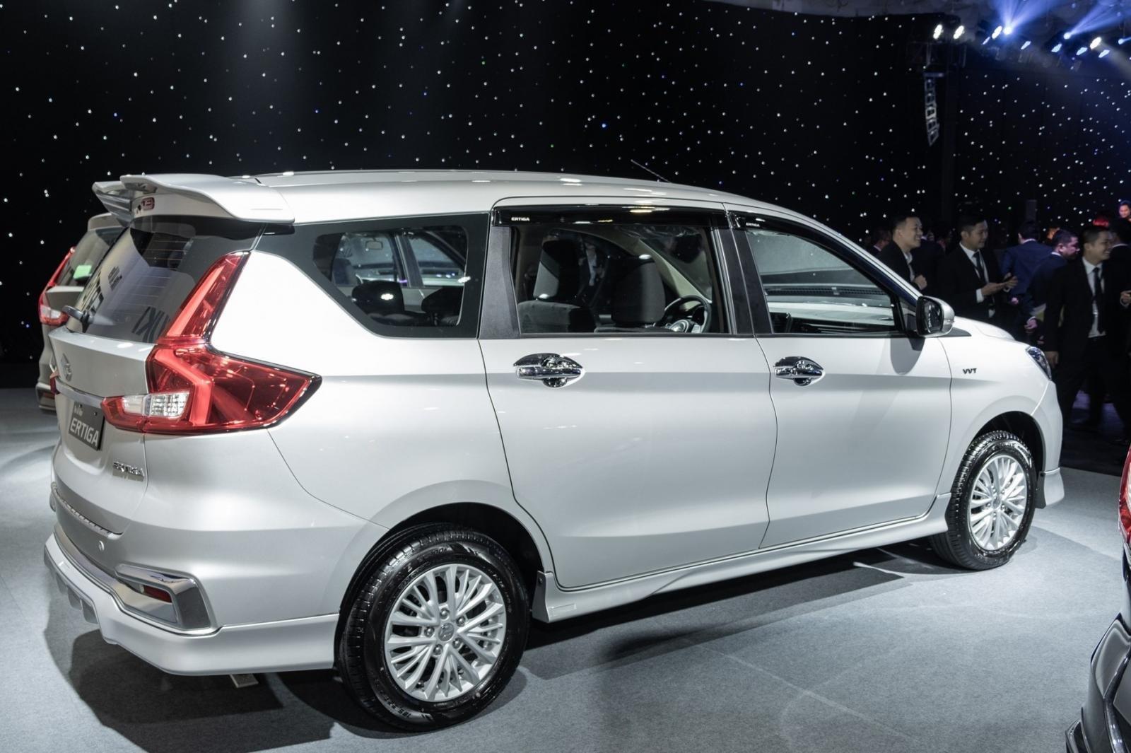 Cuối năm mới được giao xe, khách mua Suzuki Ertiga 2019 chờ dài cổ a4
