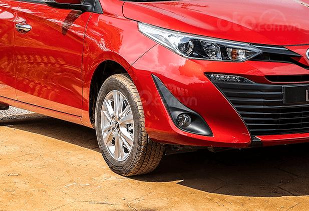 Đánh giá xe Toyota Vios 2019 1.5G CVT: Đèn sương mù 1