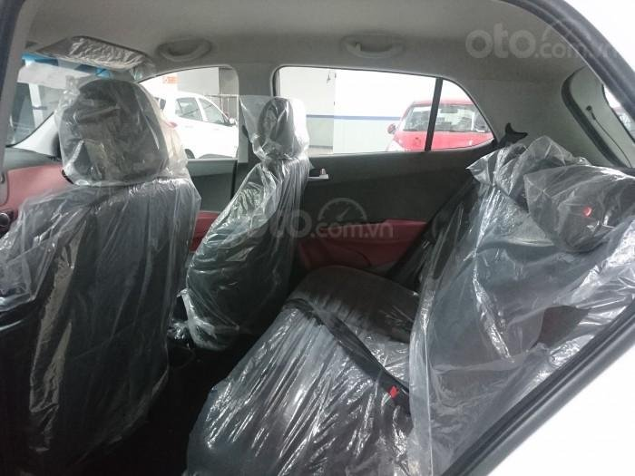 Bán xe Hyundai i10 giao ngay, hỗ trợ trả góp lãi suất ưu đãi (2)