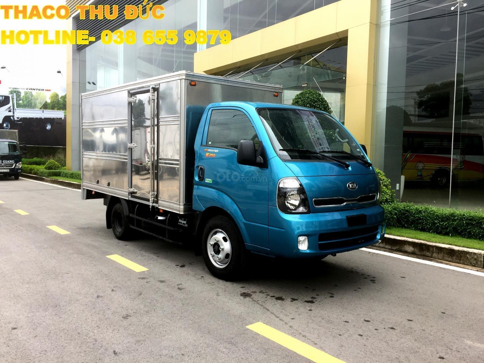 Bán xe tải giá tốt - Kia K250 thùng kín- dài 3,5m- tải 2,4T/ 1,4T- hỗ trợ trả góp 75%- LH 038 655 9879 (2)