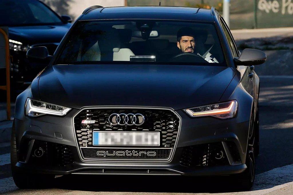 Audi đòi lại số xe đã tặng cho các cầu thủ
