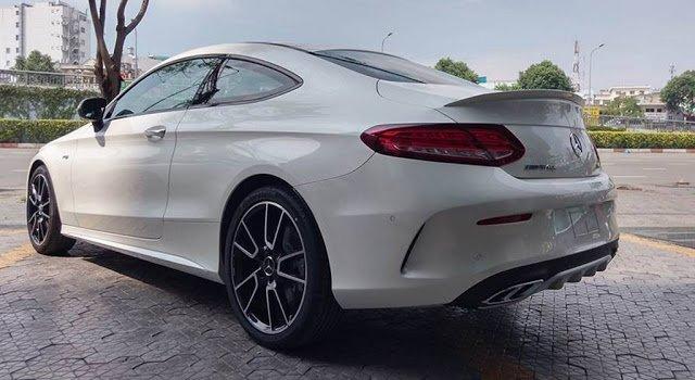 Mercedes AMG C43 4MATIC Coupe 2019 tích hợpnhững công nghệ an toàn và tiện nghi bậc nhất a1