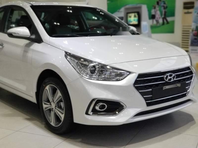 Cần bán Hyundai Accent đời 2019, màu trắng (3)