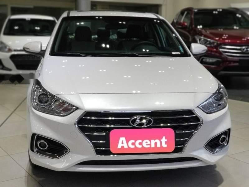Cần bán Hyundai Accent đời 2019, màu trắng (2)