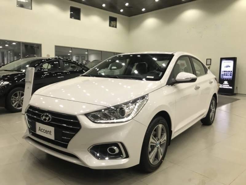 Cần bán Hyundai Accent đời 2019, màu trắng (5)