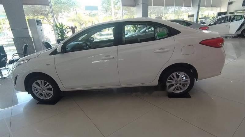 Cần bán Toyota Vios năm 2019, màu trắng (2)