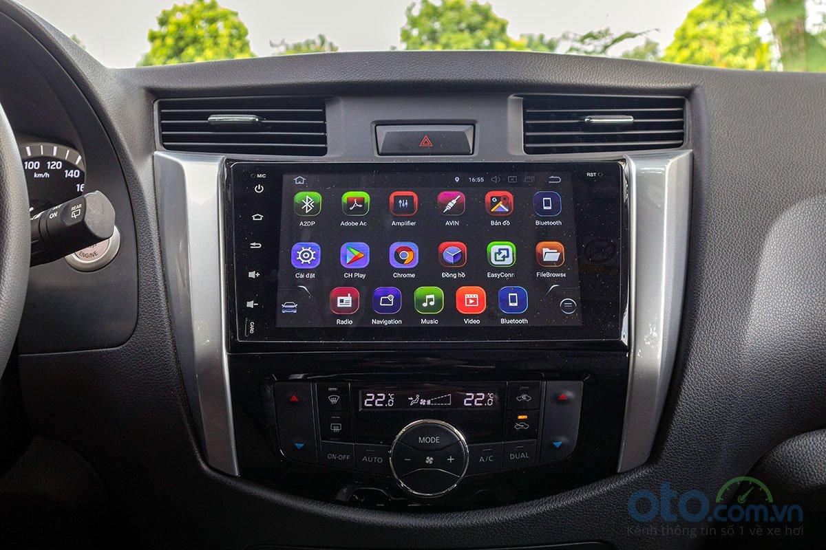 Đánh giá xe Nissan Terra 2019: Màn hình cảm ứng 9 inch sử dụng hệ điều hành Androi a1