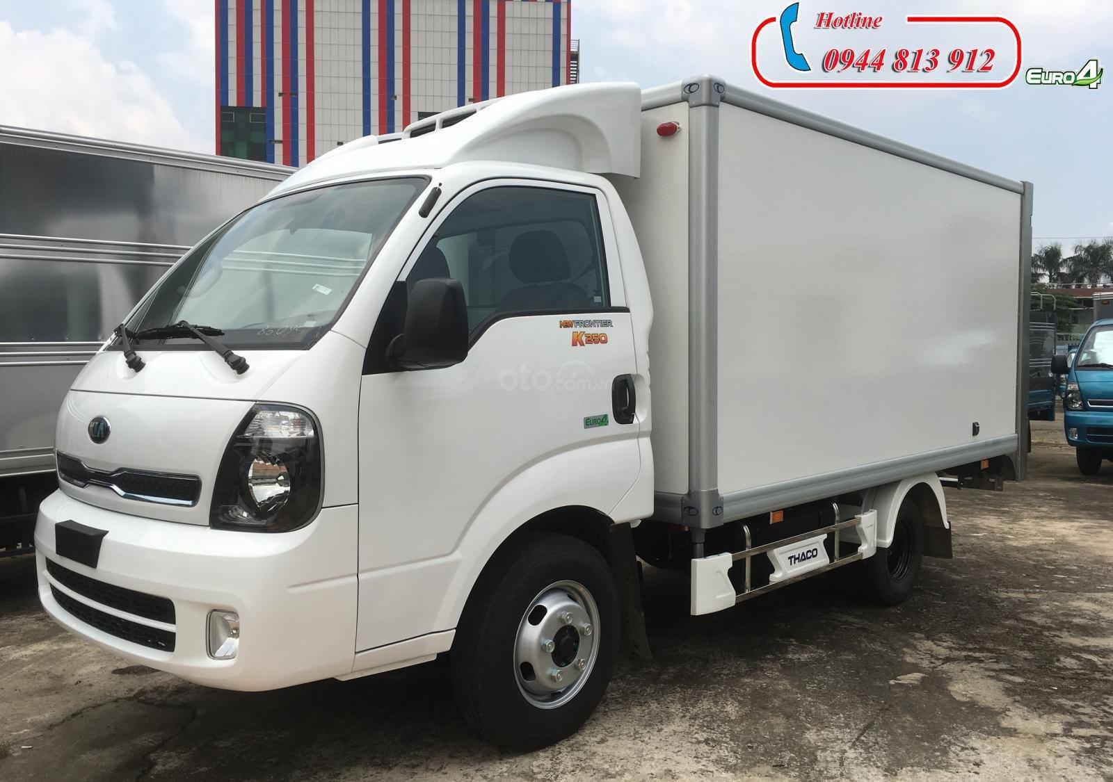 Bán xe tải Kia đông lạnh 1,5 tấn - Kia K250 động cơ Hyundai đời 2019. Máy lạnh HT100, trả trước 30% - LH: 0944.813.912-0