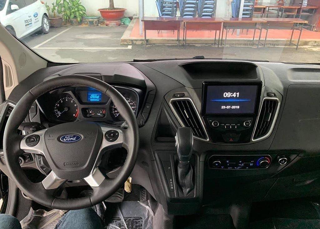 Khách Việt bắt đầu đặt cọc Ford Tourneo 2019 với giá từ 1 tỷ đồng a8