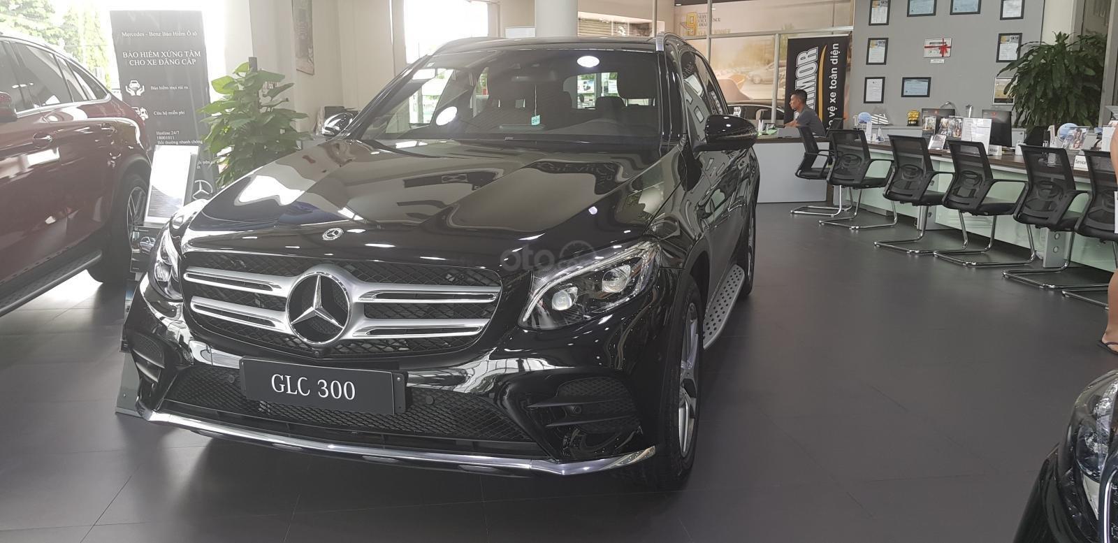 Bán GLC 300 AMG 4Matic - LH: 0984090648 để lái thử xe tại nhà (1)