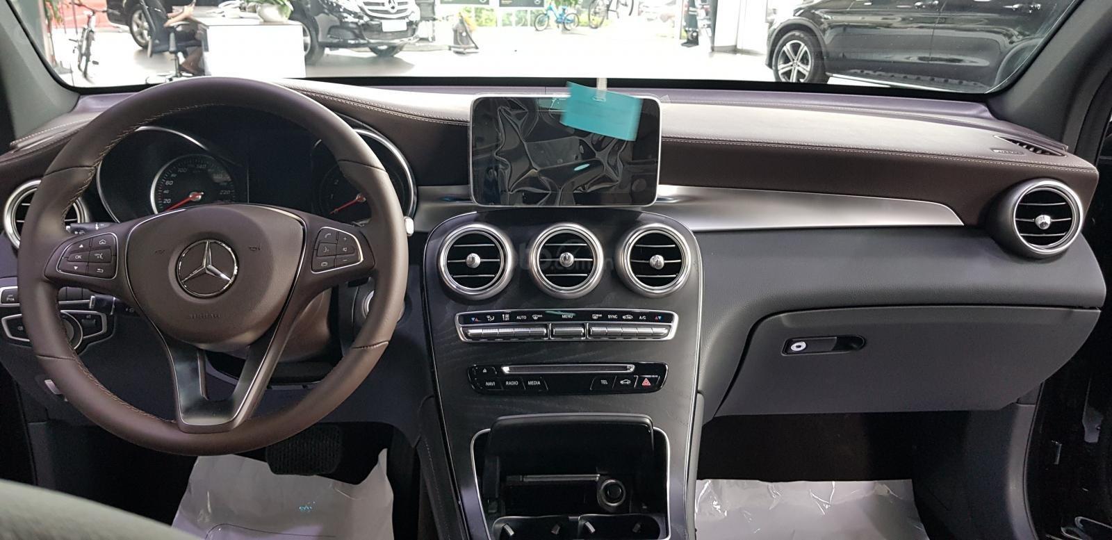 Bán GLC 300 AMG 4Matic - LH: 0984090648 để lái thử xe tại nhà (10)