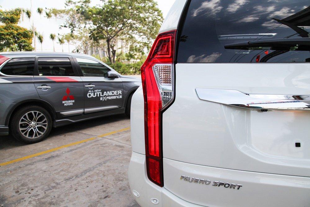 Nhìn nhanh điểm mới của Mitsubishi Pajero Sport 2020 so với bản cũ qua ảnh a14